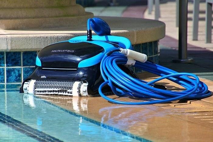 dolphin nautilus pool robot