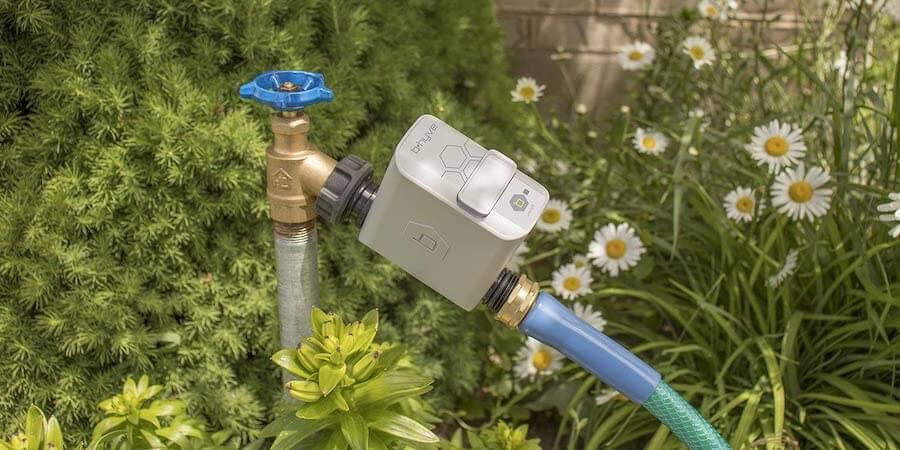 smart outdoor water faucet